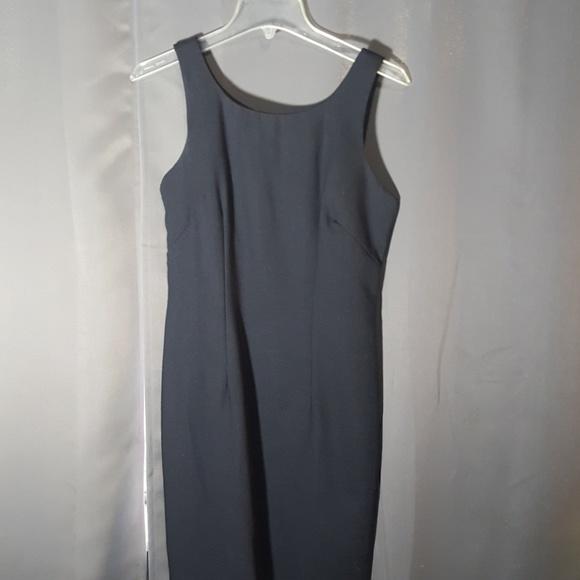 Misty Lane Dresses & Skirts - MISTY LANE BLACK DRESS CUTOUT BUTTON BACK AS 5/6